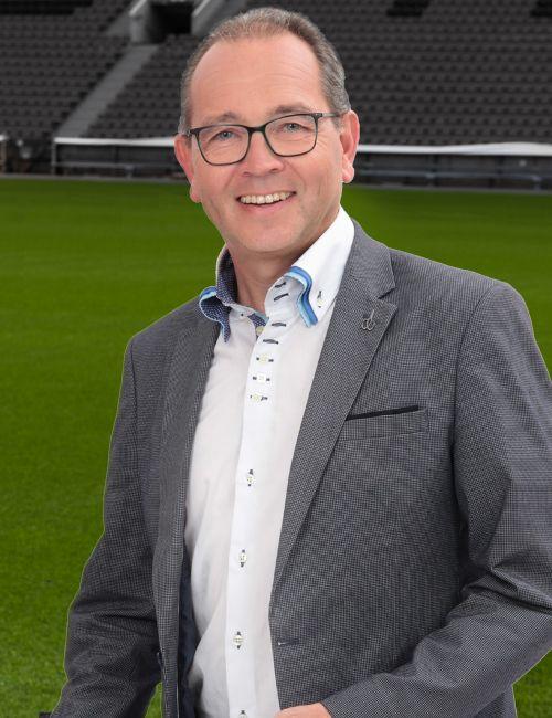 Dr. Andreas Lenniger