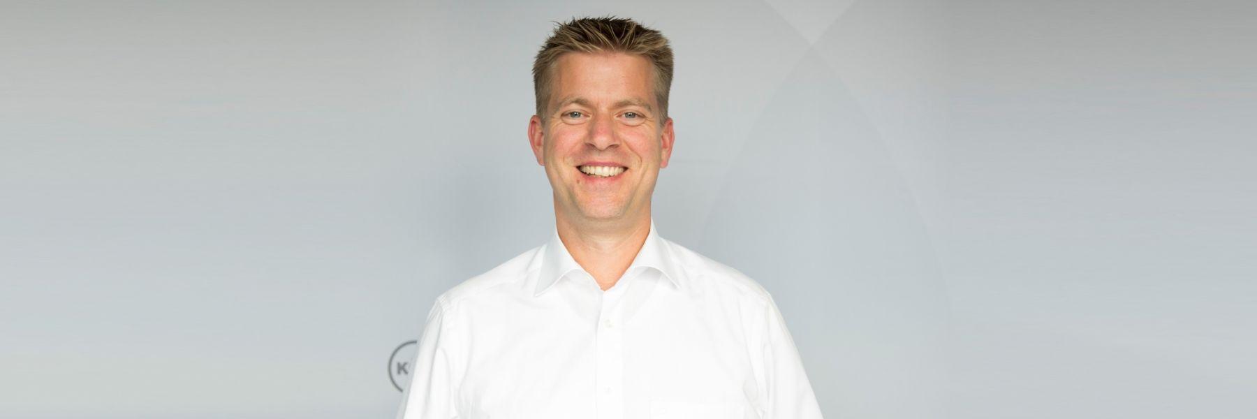 Durch Interview Vorne    mit Jens Delventhal